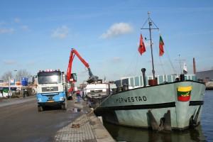 Locatie Delft - O&K RH16 Overslagkraan